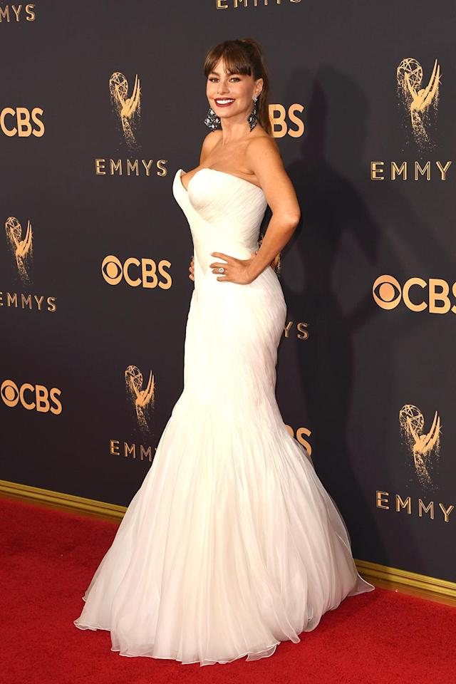 "<p>The <em>Modern Family </em>star gave a shout-out to the designer of her mermaid gown, saying on the red carpet that Mark Zunino ""makes dresses that are perfect for voluptuous women."" (Photo: Getty Images) </p>"