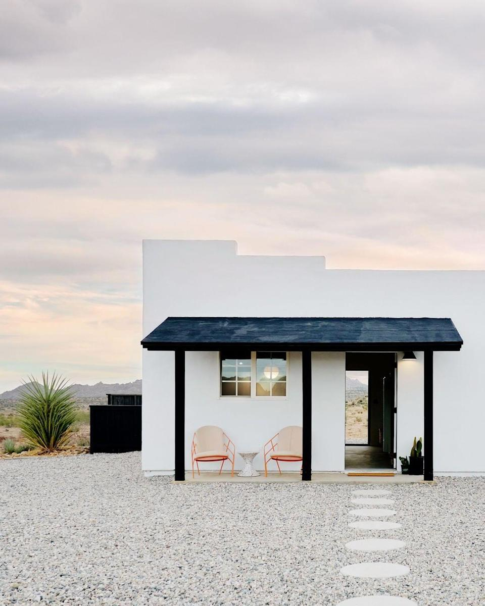 "<p>With a white-stone exterior, this deeply lovely pueblo-style home in the Californian desert is the ideal place for something unique.</p><p><a class=""link rapid-noclick-resp"" href=""https://www.instagram.com/p/CCvddwGj7Qb/"" rel=""nofollow noopener"" target=""_blank"" data-ylk=""slk:MORE INFO"">MORE INFO</a></p>"