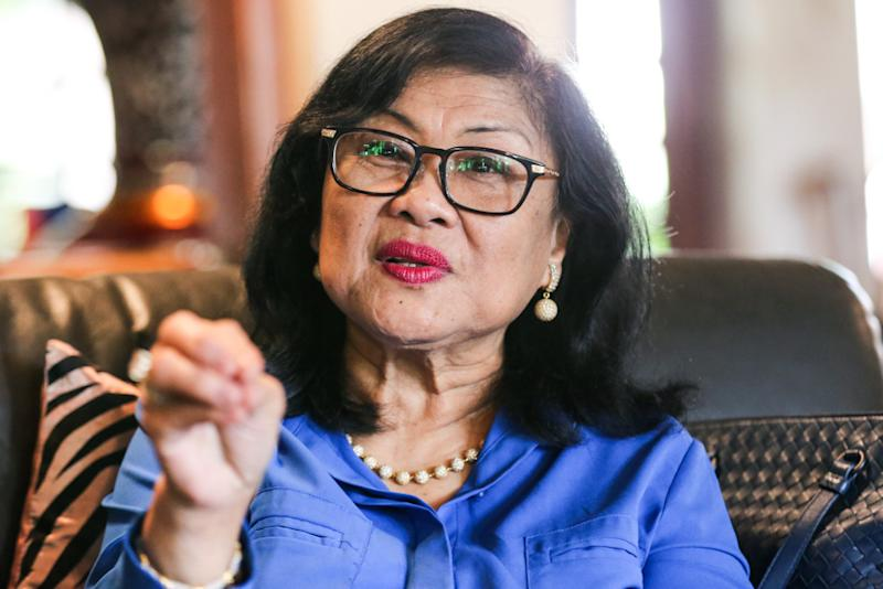 Tan Sri Rafidah Aziz says one should differentiate between aid given to win votes, and aid given to assist those in need. — Picture by Ahmad Zamzahuri