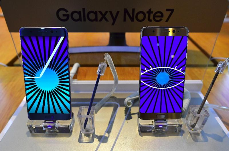 Samsung Electronics was forced to abandon its premium Galaxy Note 7, originally intended to compete with Apple's iPhone, after a chaotic recall that saw replacement devices also catching fire (AFP Photo/JUNG YEON-JE)