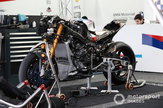 """BMW S1000RR <span class=""""copyright"""">Gold and Goose / Motorsport Images</span>"""