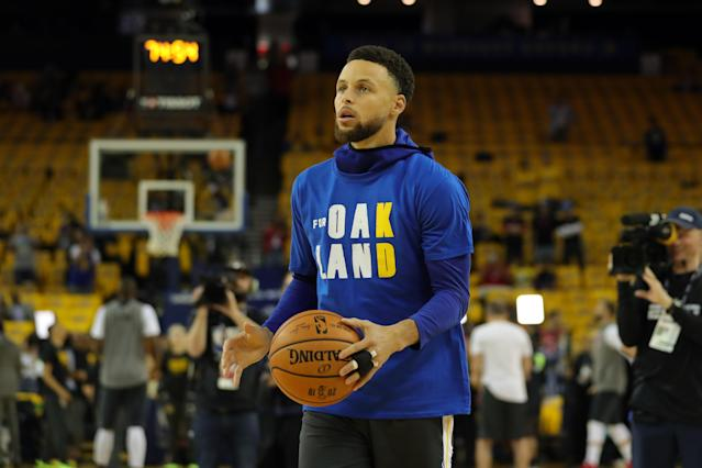 Stephen Curry's value varies drastically depending on the format. Mandatory Credit:Sergio Estrada-USA TODAY Sports