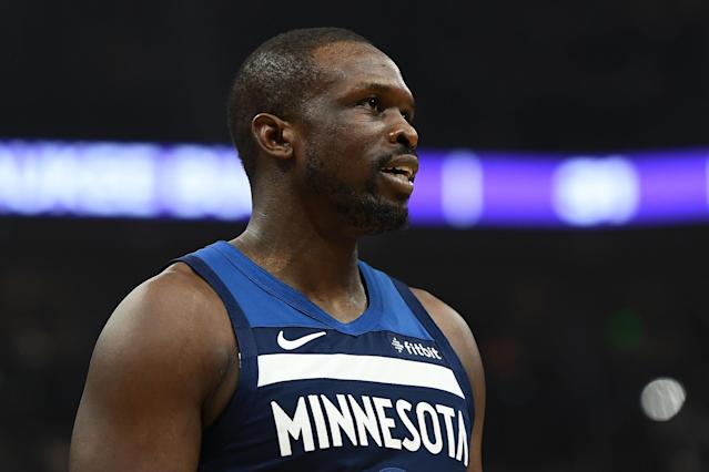 """Luol Deng is ending his NBA career after 15 seasons and retiring with the <a class=""""link rapid-noclick-resp"""" href=""""/nba/teams/chicago/"""" data-ylk=""""slk:Chicago Bulls"""">Chicago Bulls</a>. (Photo by Stacy Revere/Getty Images)"""