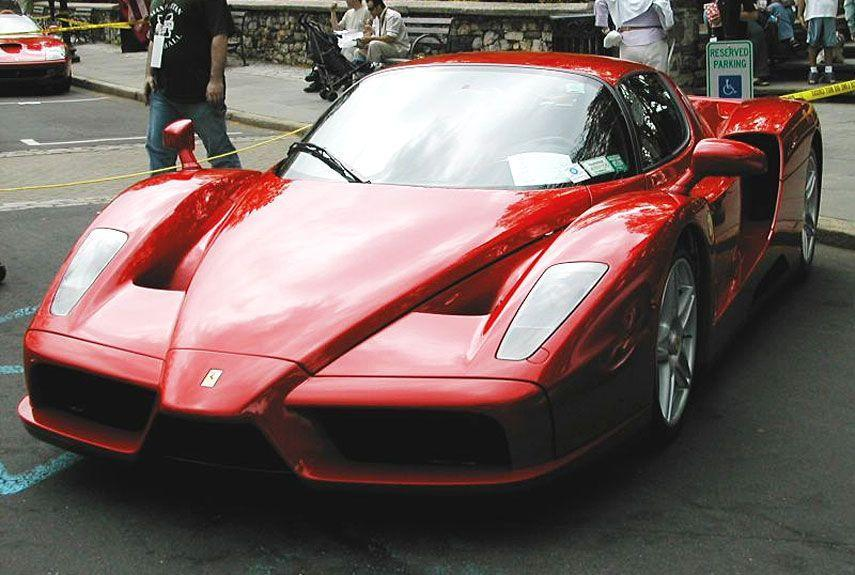 <p>It seems like every decade, Ferrari creates one magnum opus to show off everything its learned to date. For the 2000s, that honor fell on the Enzo—practically an F1 racecar in disguise.</p>