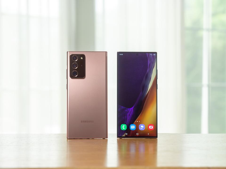 The Galaxy Note 20 Ultra has a relatively minimalist design with the exception of its exaggerated camera cover. (Image: Samsung)