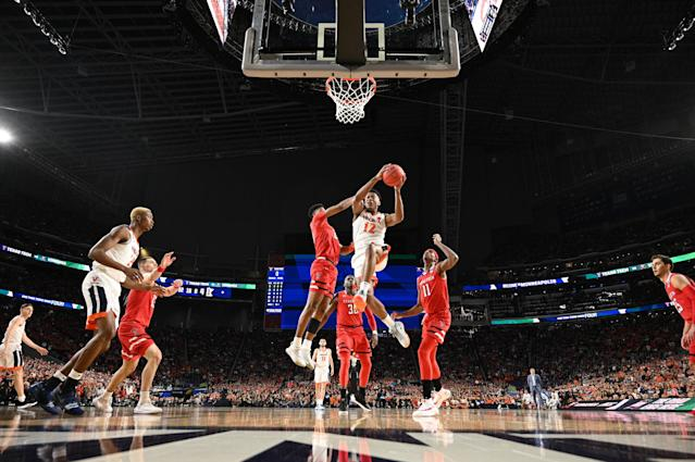 De'Andre Hunter #12 of the Virginia Cavaliers shoots the ball against the Texas Tech Red Raiders in the 2019 NCAA men's Final Four National Championship game at U.S. Bank Stadium on April 08, 2019 in Minneapolis, Minnesota. (Photo by Brett Wilhelm/NCAA Photos via Getty Images)