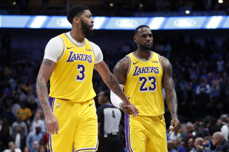 The Lakers won't be shorthanded for Wednesday's showdown with the Clippers. (AP Photo/Tony Gutierrez)