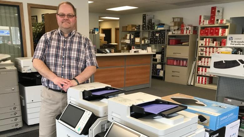 Whitehorse business says federal streamlining unfair to locals