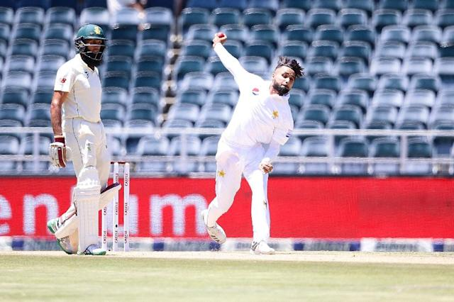 Faheem Ashraf exerted pressure on South Africa, taking three wickets for 57 runs (AFP Photo/GIANLUIGI GUERCIA)