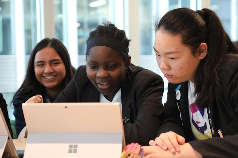 Microsoft Digigirlz workshops are taking over the Oxford Street store next week: Microsoft