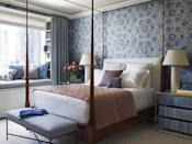 """<p>Brimming with cosmopolitan style, this Hampshire House apartment designed by <a href=""""https://tammyconnorid.com/"""" rel=""""nofollow noopener"""" target=""""_blank"""" data-ylk=""""slk:Tammy Connor"""" class=""""link rapid-noclick-resp"""">Tammy Connor </a>features a simple palette to keep the focus on the breathtaking views of New York City. In the bedroom, she applied Lee Jofa's Turkistan on the reverse for its faded quality. The coverlet on the <a href=""""https://fave.co/2PEYlQ5"""" rel=""""nofollow noopener"""" target=""""_blank"""" data-ylk=""""slk:Rose Tarlow Melrose House"""" class=""""link rapid-noclick-resp"""">Rose Tarlow Melrose House</a> bed is from Sferra. The custom <a href=""""http://www.rondacarman.com/"""" rel=""""nofollow noopener"""" target=""""_blank"""" data-ylk=""""slk:Ronda Carman"""" class=""""link rapid-noclick-resp"""">Ronda Carman</a> wool curtains feature a <a href=""""https://fave.co/2LkfgZJ"""" rel=""""nofollow noopener"""" target=""""_blank"""" data-ylk=""""slk:Kravet"""" class=""""link rapid-noclick-resp"""">Kravet</a> trim. </p>"""