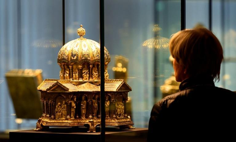 The Guelph Treasure, now exhibited in Berlin, was sold at discount prices to the Nazis in 1935 by a group of German Jewish art dealers.