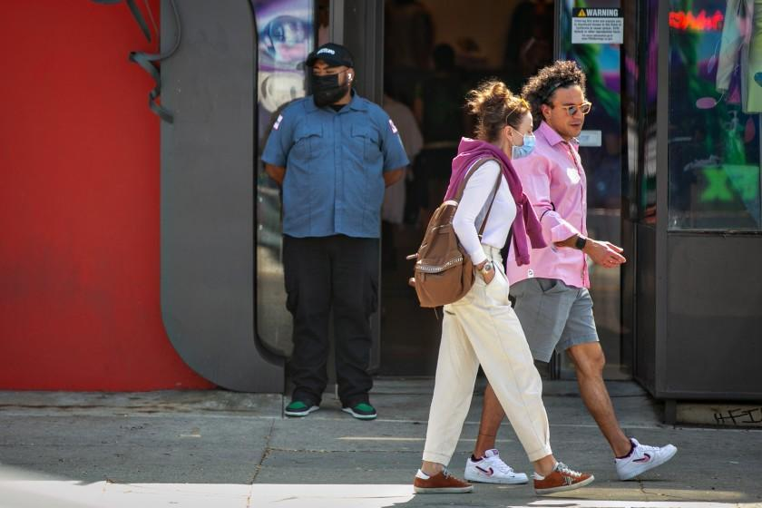 LOS ANGELES, CA - SEPTEMBER 17: Businesses on the Melrose strip are hiring security guards because of the uptick in armed robberies in the area on Friday, Sept. 17, 2021 in Los Angeles, CA.(Jason Armond / Los Angeles Times)