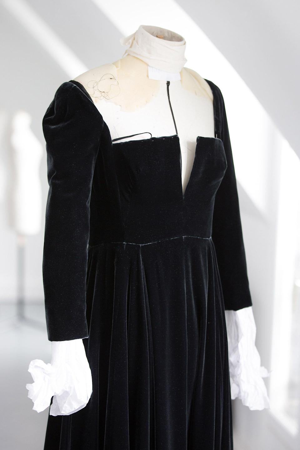 <p>The full skirt is then added and the structure of the gown starts to come together.</p>