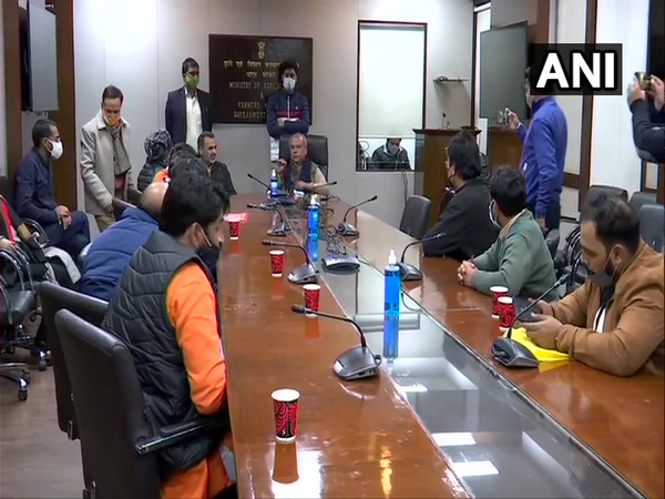 The farmers' delegation meets Agriculture Minister Narendra Singh Tomar at Krishi Bhawan on Sunday. (Photo/ANI)