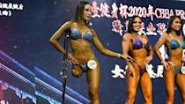 Female bodybuilder with one leg captures hearts in China