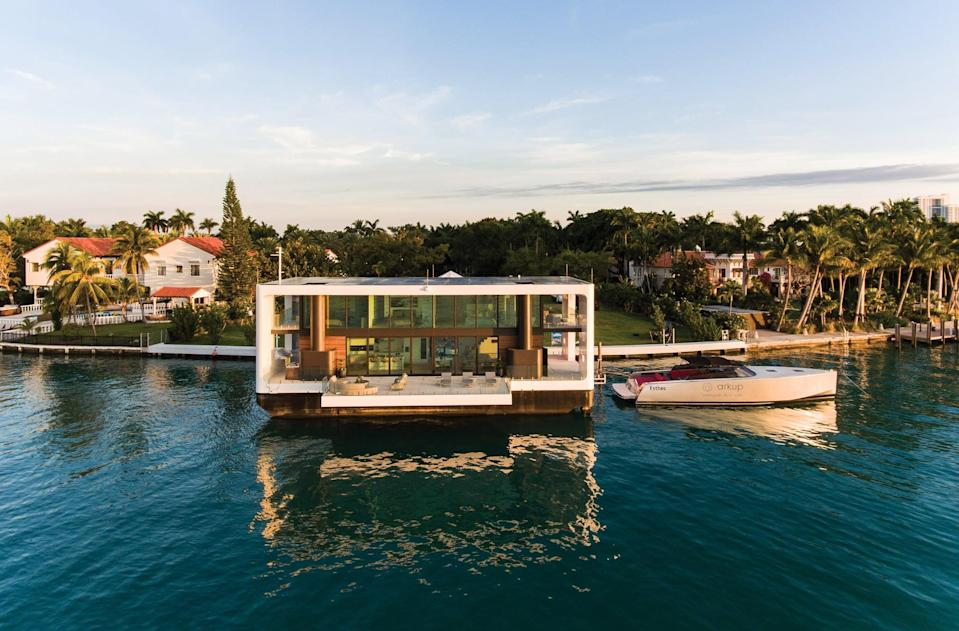 """<p>Known as """"the world's first electric livable yacht,"""" <a href=""""https://arkup.com/discover/"""" class=""""link rapid-noclick-resp"""" rel=""""nofollow noopener"""" target=""""_blank"""" data-ylk=""""slk:The Arkup"""">The Arkup</a> in Miami is a modern, sustainable floating mansion, with four bedrooms, four-and-a-half bathrooms, and fabulous panoramic views with floor-to-ceiling windows, and glass walls on the deck that never hinder the view. Rent space in the Miami one on <a href=""""https://planetofhotels.com/en/usa/miami-city-florida/sextants-arkup-floating-mansion"""" class=""""link rapid-noclick-resp"""" rel=""""nofollow noopener"""" target=""""_blank"""" data-ylk=""""slk:Planet of Hotels"""">Planet of Hotels</a>. Prices vary depending on dates (approximately $2,000 per night), with an additional fee to get it out on the water.</p>"""