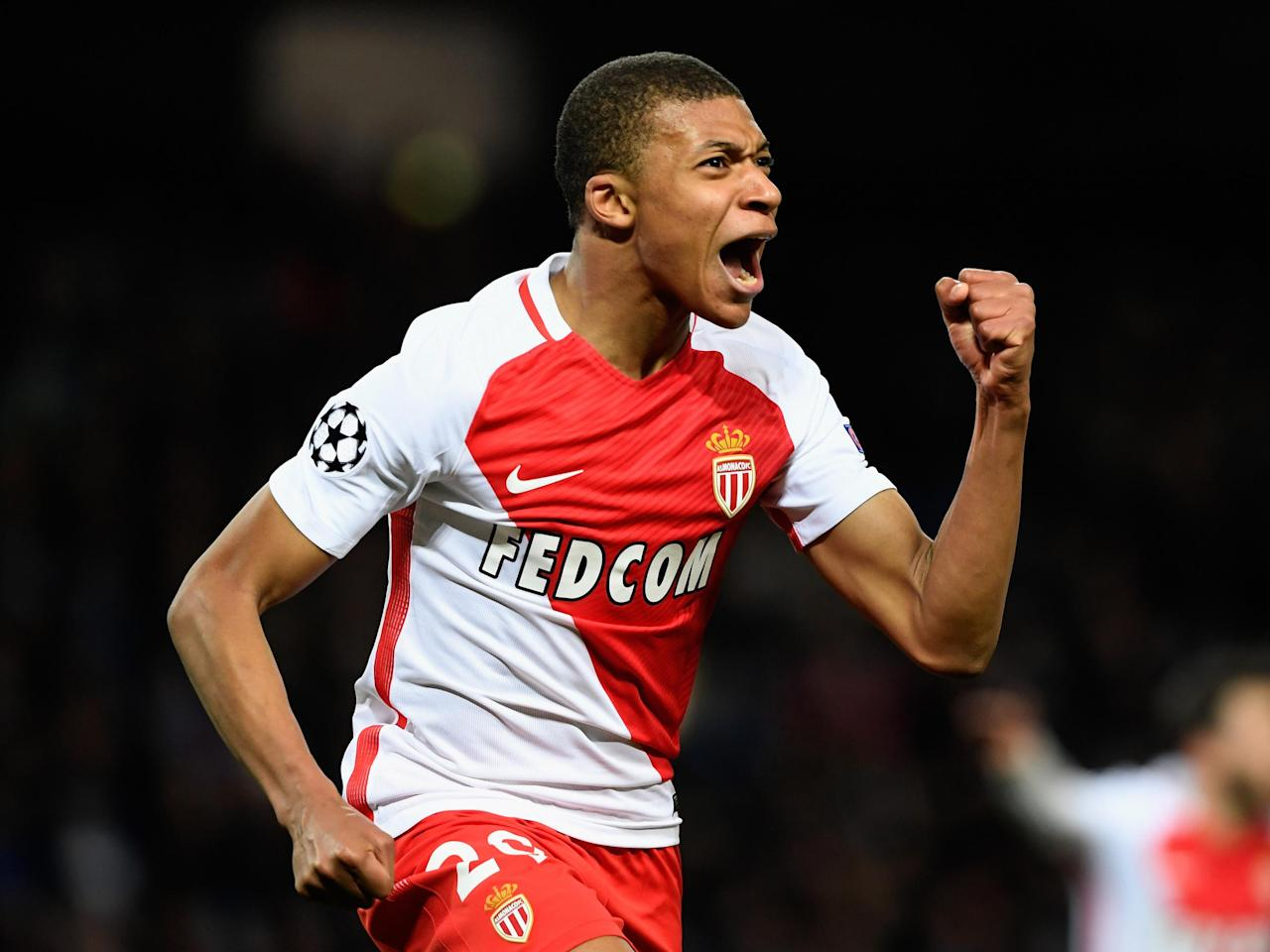 Kylian Mbappe warns Manchester United and Real Madrid that he must be guaranteed playing time
