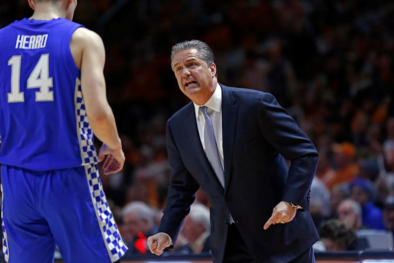 Kentucky head coach John Calipari talks to Tyler Herro during the first half of an NCAA college basketball game against Tennessee Saturday, March 2, 2019, in Knoxville, Tenn. (AP Photo/Wade Payne)