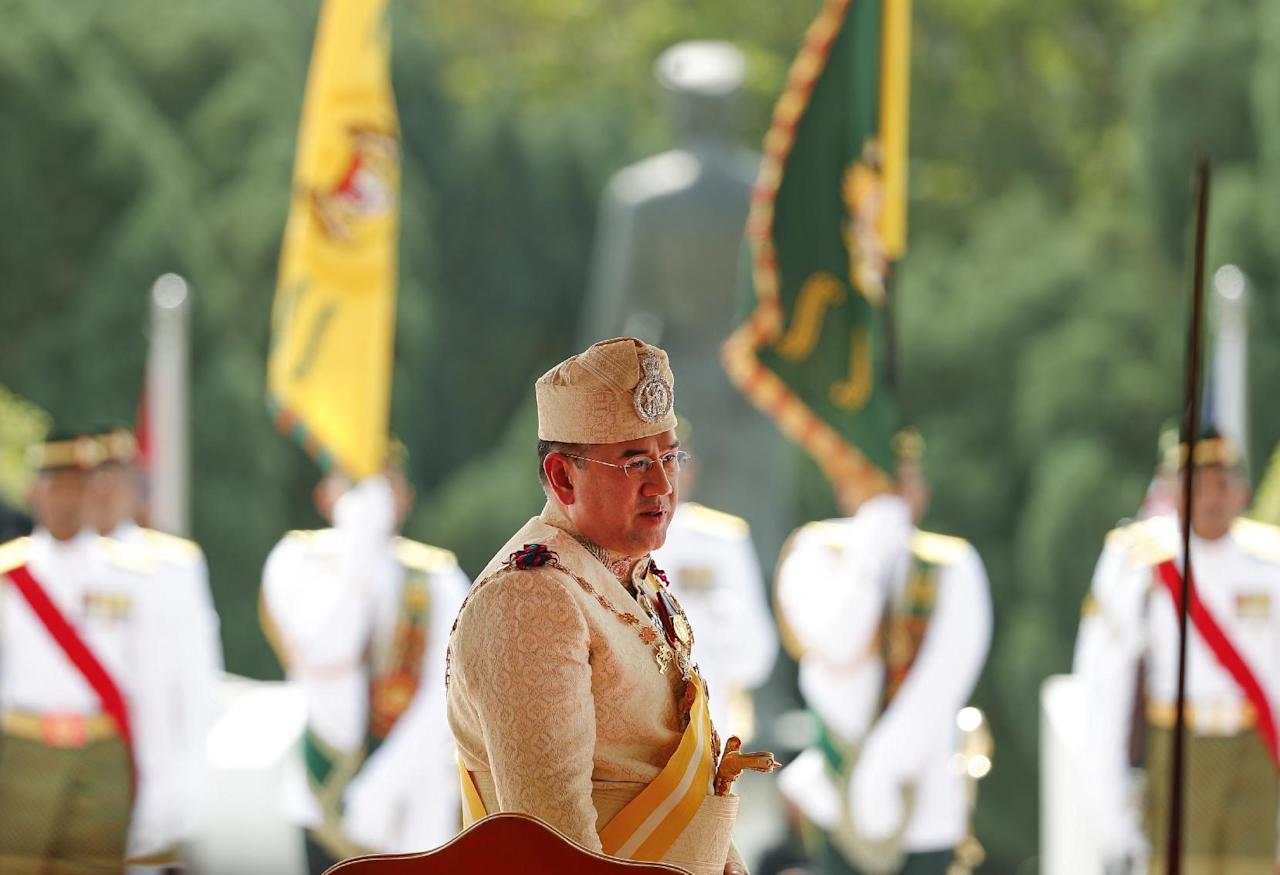 <p>Sultan Muhammad V stands during his welcome ceremony at Parliament House in Kuala Lumpur, Malaysia, Tuesday, Dec. 13, 2016. Sultan Muhammad V of Kelantan will serve a five-year term as king of Malaysia from Dec. 13. (AP Photo/Vincent Thian) </p>