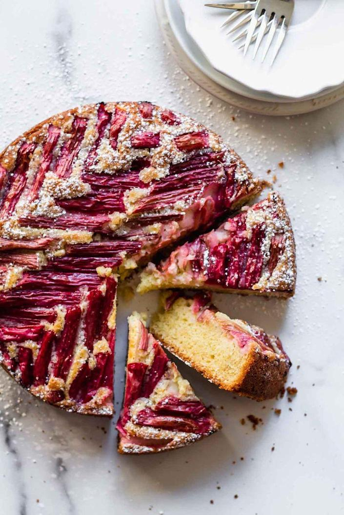 "<p>Rhubarb lends itself to a naturally beautiful cake decoration as a tart topper to this sweet, buttery almond cake.</p><p><strong>Get the recipe at <a href=""https://www.katiebirdbakes.com/rhubarb-cake/"" rel=""nofollow noopener"" target=""_blank"" data-ylk=""slk:Katiebird Bakes"" class=""link rapid-noclick-resp"">Katiebird Bakes</a>.</strong></p><p><a class=""link rapid-noclick-resp"" href=""https://go.redirectingat.com?id=74968X1596630&url=https%3A%2F%2Fwww.walmart.com%2Fsearch%2F%3Fquery%3Dspringform%2Bpans&sref=https%3A%2F%2Fwww.thepioneerwoman.com%2Ffood-cooking%2Fmeals-menus%2Fg36066375%2Fmothers-day-cakes%2F"" rel=""nofollow noopener"" target=""_blank"" data-ylk=""slk:SHOP SPRINGFORM PANS"">SHOP SPRINGFORM PANS</a></p>"