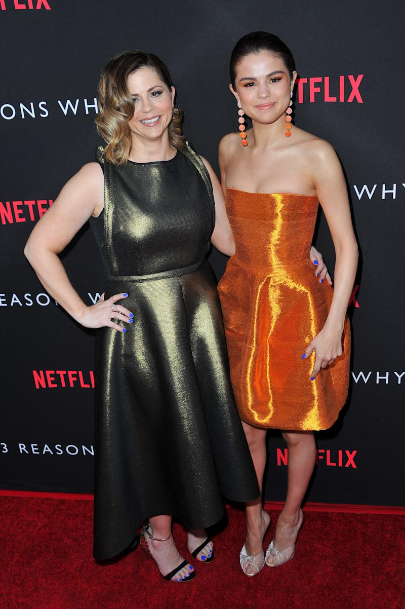 "The mom and daughter at the premiere of ""13 Reasons Why"" on March 30, 2017. (Allen Berezovsky via Getty Images)"