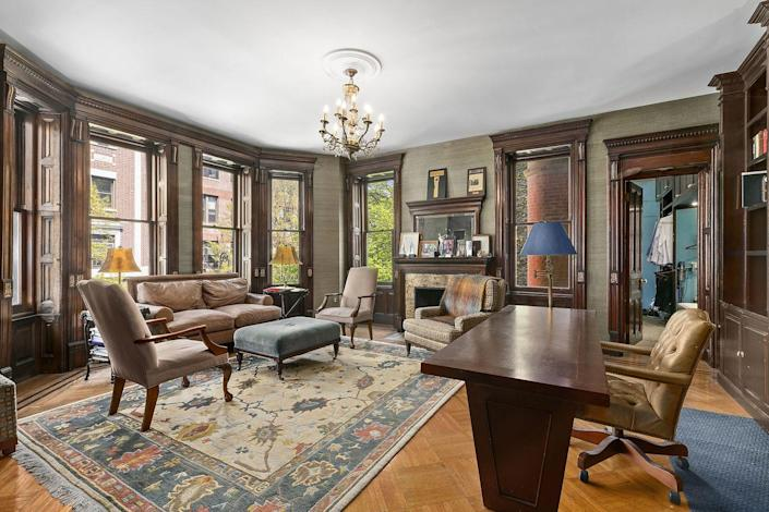<p>This includes a formal dining room, playroom, office, screening room, and laundry room. </p>