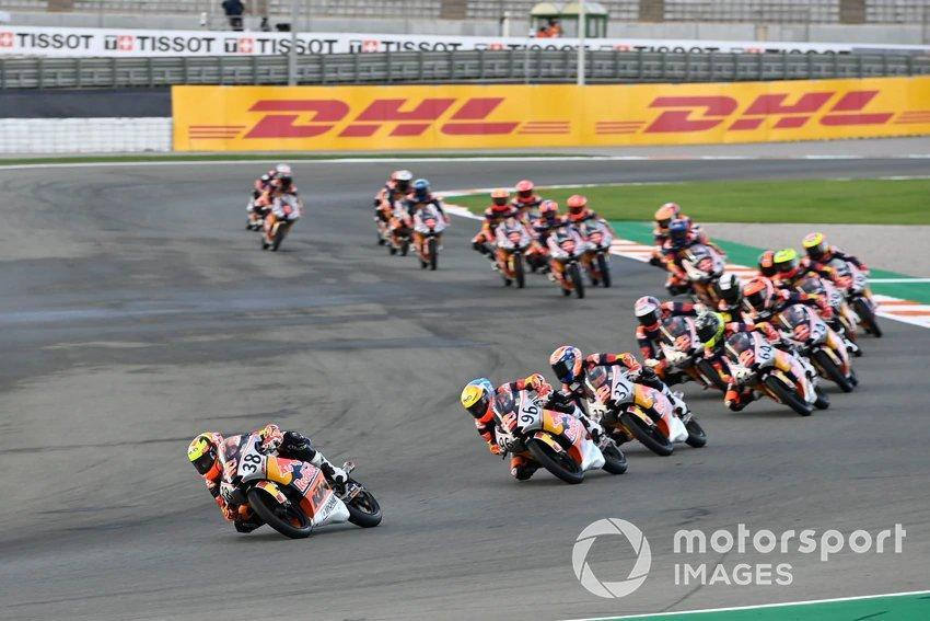 "Race 1 Red Bull MotoGP Rookies Cup Valencia <span class=""copyright"">Red Bull / Gold and Goose</span>"
