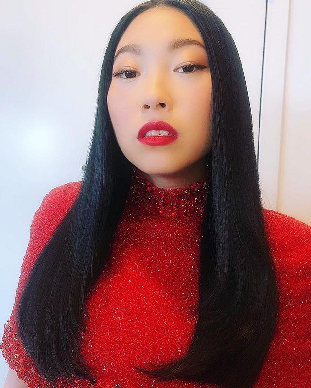 """<p>Crazy how the way you style the ends of your hair can totally change the vibe. Whenever you're not feeling your stick-straight hair look, <strong>try curling the ends under</strong> just slightly with a round brush and <a href=""""https://www.cosmopolitan.com/style-beauty/beauty/g12816082/best-hair-dryer/"""" target=""""_blank"""">hair dryer</a>.</p><p><a href=""""https://www.instagram.com/p/B6nyuwsgN0X/?utm_source=ig_embed&utm_campaign=loading"""">See the original post on Instagram</a></p>"""