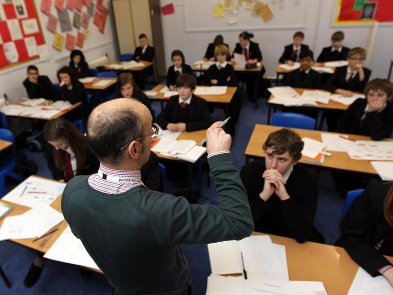 'Aggressive' parents are demanding teachers email and message them on apps 24/7, survey suggests
