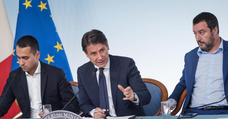 (From L) Italy's Deputy Prime Minister and Minister of Economic Development, Labour and Social Policies, Luigi Di Maio, Italy's Prime Minister, Giuseppe Conte and Italy's Deputy Prime Minister and Interior Minister, Matteo Salvini on October 15, 2018.