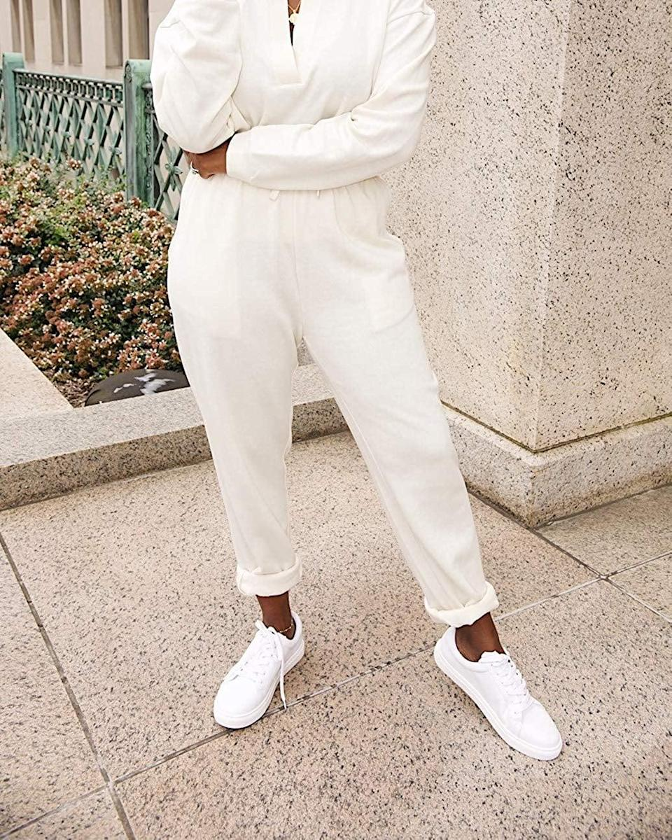 <p><span>The Drop Whisper White Sweatpant by @highlowluxxe</span> ($50)</p>