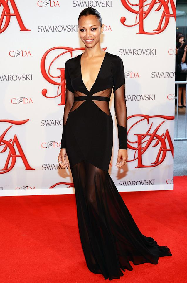 """Avatar"" darling Zoe Saldana turned heads in this cutout gown that made use of a waist-trimming optical illusion."