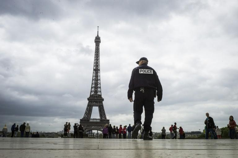 French parliament passes controversial anti-terror law