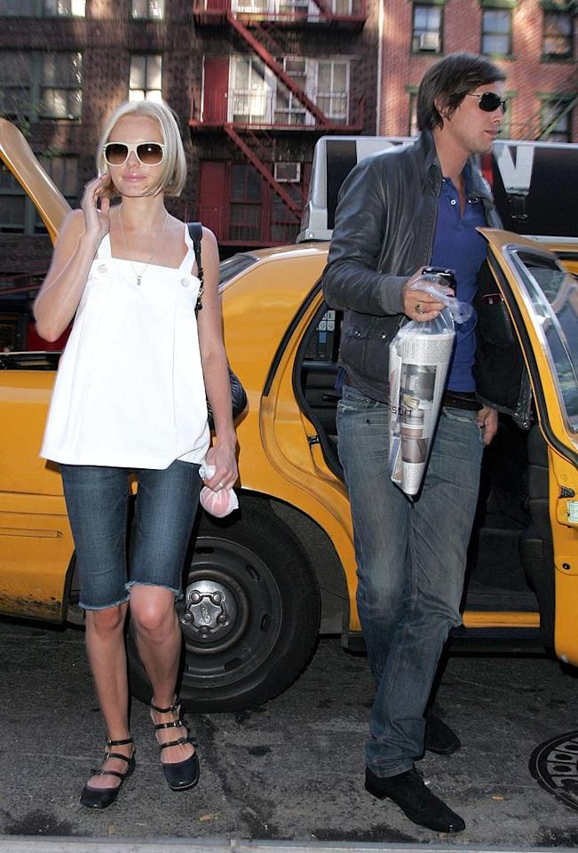 """Kate Bosworth and her model boyfriend, James Rousseau, cab it in NYC. James Devaney/<a href=""""http://www.wireimage.com"""" target=""""new"""">WireImage.com</a> - May 9, 2007"""