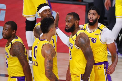 Anthony Davis helps Lakers rout Trail Blazers to tie series