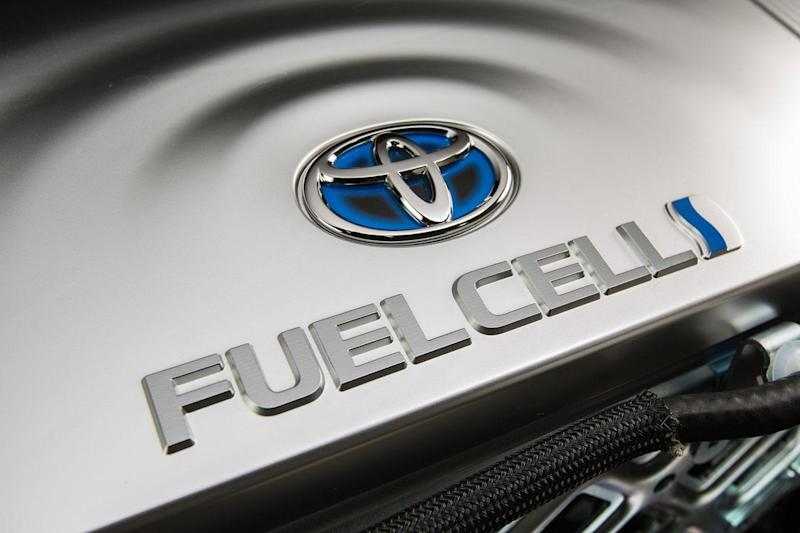 toyota to study hydrogen fuel cell trucks mirai press x