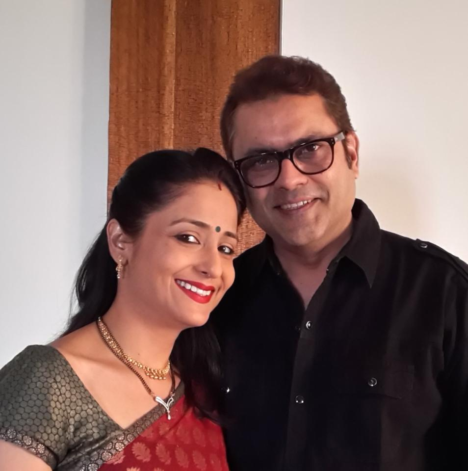 We have heard couples falling in love while enacting romantic scenes, but it seldom happens that the actors playing mother and father to the romantic couples walk the alter together. This duo played parents to the main lead in <em>Yeh Rishta Kya Kehlata Hai </em>and fell in love on sets and tied the knot in 2010.