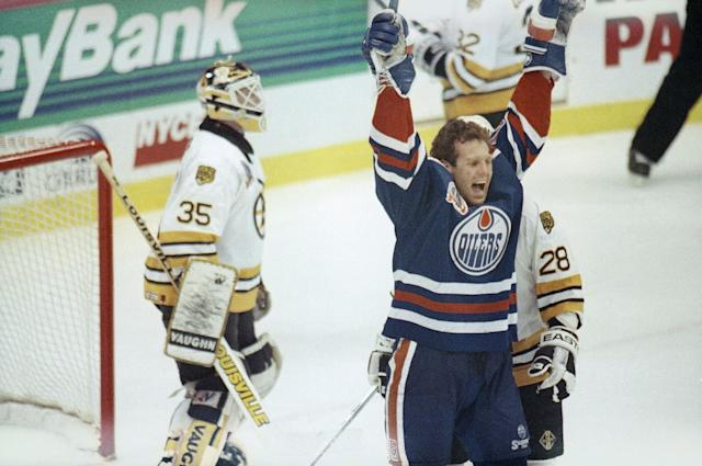<p>Craig MacTavish's streak of 518 consecutive games is especially impressive because the former oilers forward didn't wear a helmet for a single one of them. MacTavish was the last player in the league to go helmetless, but his six-and-a-half year streak ended in 1993 because of, go figure, a sore back. </p>