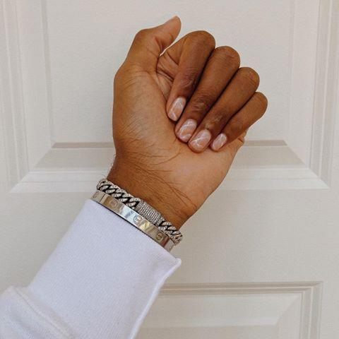 """<p>Want your wedding to be the most Insta-worthy? Get that flat lay marble print on your nails as well.</p><p><a href=""""https://www.instagram.com/p/CCWLZt2ARew/?utm_source=ig_embed&utm_campaign=loading"""" rel=""""nofollow noopener"""" target=""""_blank"""" data-ylk=""""slk:See the original post on Instagram"""" class=""""link rapid-noclick-resp"""">See the original post on Instagram</a></p>"""
