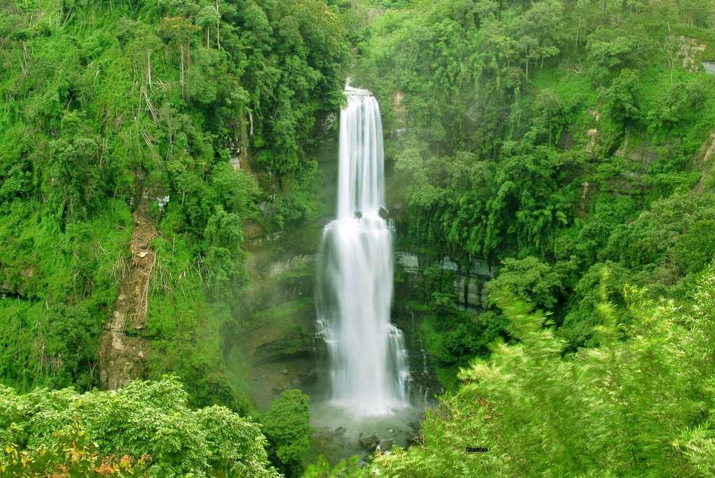 "Vantawng Khawhthla, the highest waterfall in Mizoram. The two-tiered waterfall has a total height of 751 feet and is the 13th highest waterfall in India. It is located at a distance of 137 km from Aizawl.<br><br>By <a target=""_blank"" href=""http://www.flickr.com/photos/chamtea/"">chamtea</a>/ Flickr"