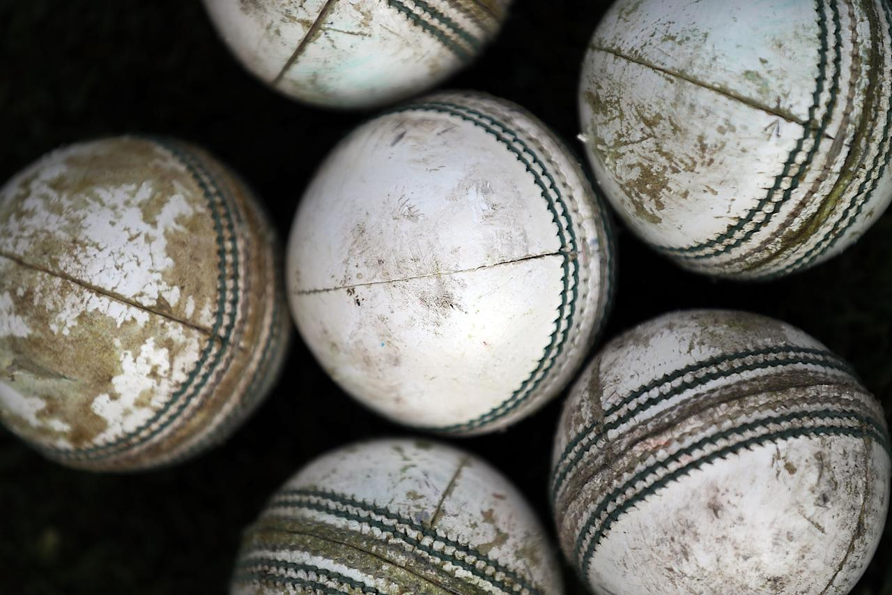 MELBOURNE, AUSTRALIA - JANUARY 08:  A detailed view of cricket balls on the ground before the Big Bash League match between the Melbourne Stars and the Sydney Thunder at Melbourne Cricket Ground on January 8, 2013 in Melbourne, Australia.  (Photo by Michael Dodge/Getty Images)