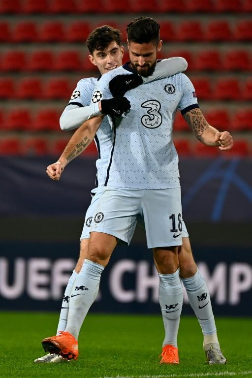 Olivier Giroud got a late winner against Rennes as Chelsea secured a last-16 spot