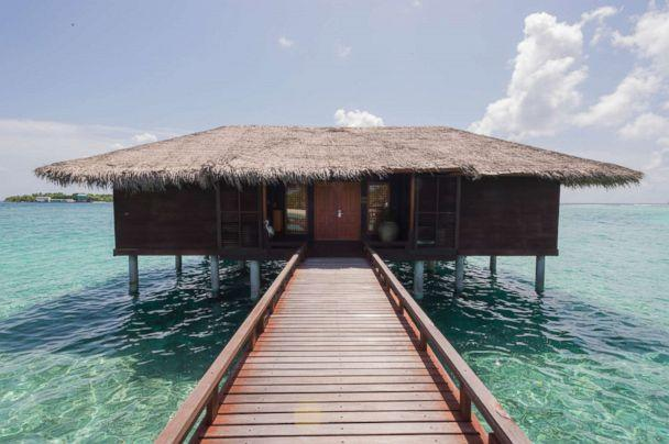 PHOTO: Ocean Suite at Sheraton Maldives Full Moon Resort and Spa. (Oyster.com)