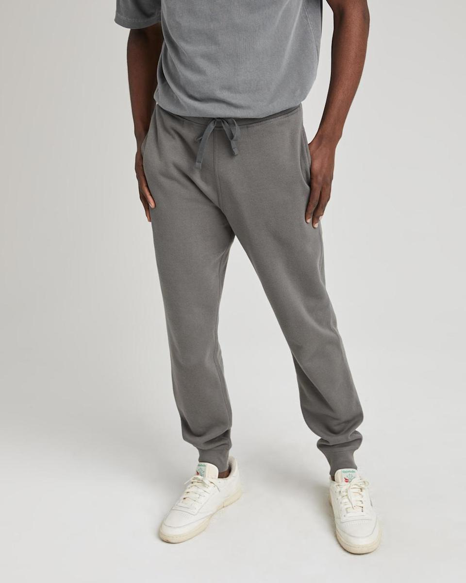 """<h2>Richer Poorer Recycled Fleece Tapered Sweatpant</h2><br><strong>Under $100</strong><br>This man is the original comfort junkie, and he has the sweatpant collection to prove it. Add some eco-friendly joggers to his rotation, made from 60% cotton and 40% recycled polyester — he'll wonder how he ever lived without such a supremely cozy pair.<br><br><em>Shop <strong><a href=""""https://richer-poorer.com/"""" rel=""""nofollow noopener"""" target=""""_blank"""" data-ylk=""""slk:Richer Poorer"""" class=""""link rapid-noclick-resp"""">Richer Poorer</a></strong></em><br><br><strong>Richer Poorer</strong> Recycled Fleece Tapered Sweatpant, $, available at <a href=""""https://go.skimresources.com/?id=30283X879131&url=https%3A%2F%2Fricher-poorer.com%2Fcollections%2Fmens-sweats%2Fproducts%2Fmens-recycled-sweatpant%3Fvariant%3D39311976693856"""" rel=""""nofollow noopener"""" target=""""_blank"""" data-ylk=""""slk:Richer Poorer"""" class=""""link rapid-noclick-resp"""">Richer Poorer</a>"""