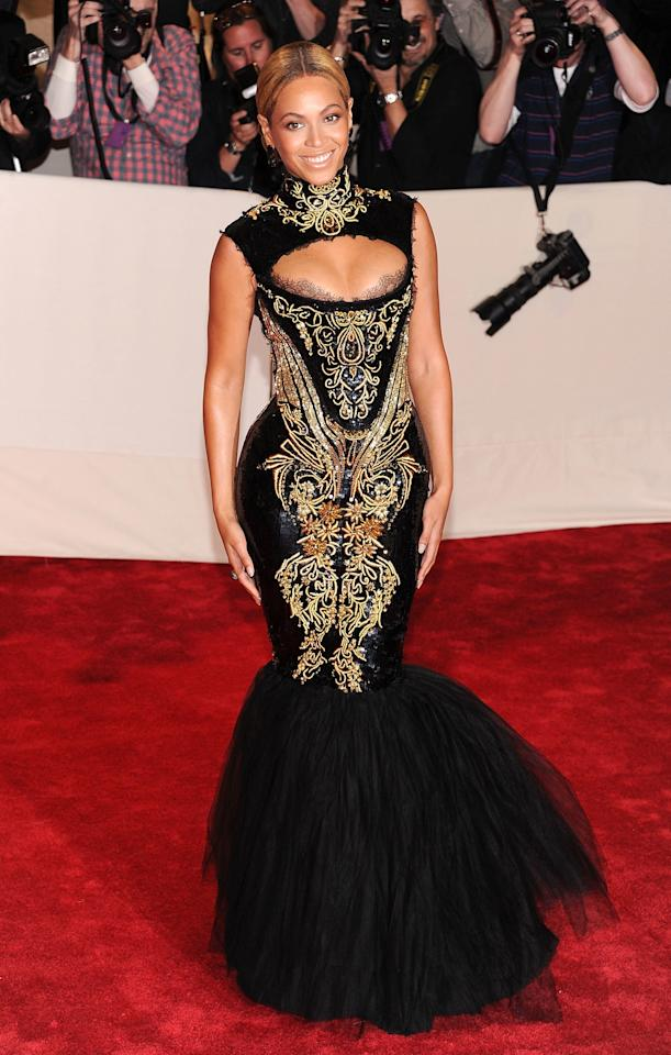 """<p>Beyonce, in Roberto Cavalli, attends the """"Alexander McQueen: Savage Beauty"""" Costume Institute Gala at The Metropolitan Museum of Art on May 2, 2011</p>"""
