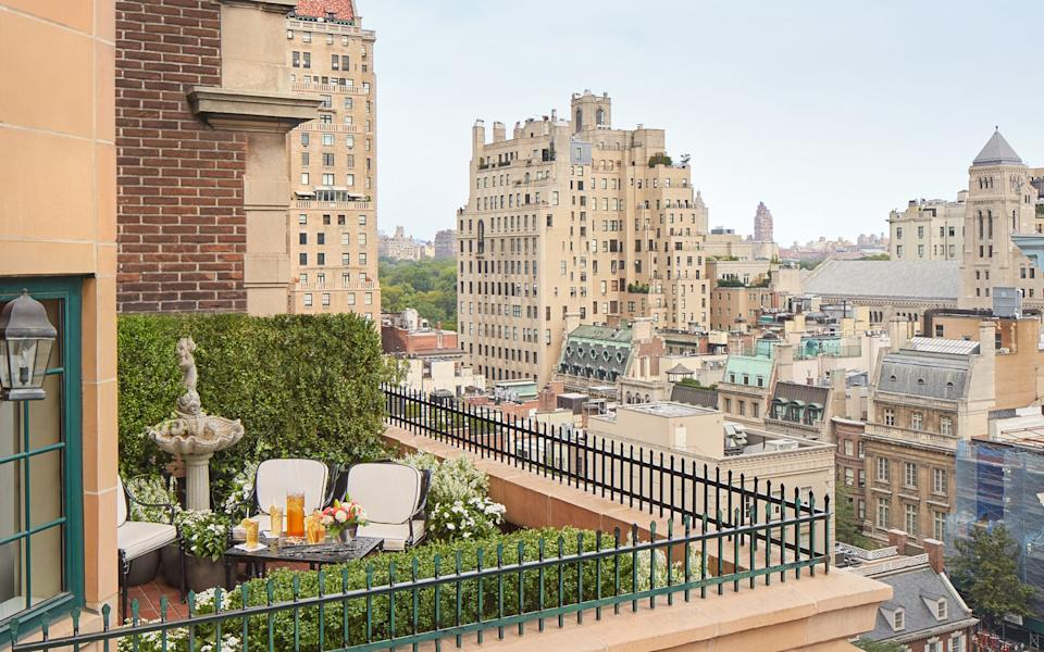 The Garden Suite terrace at The Lowell in New York