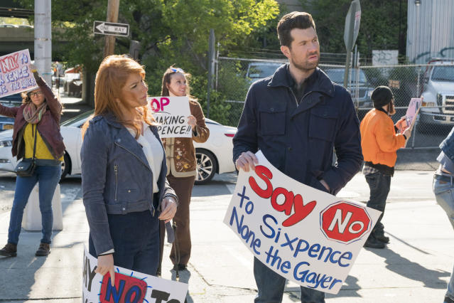 Julie Kessler (Julie Klausner) and Billy Epstein (Billy Eichner) are back for Season 3 of 'Difficult People' (Photo: Linda Kallerus/Hulu)
