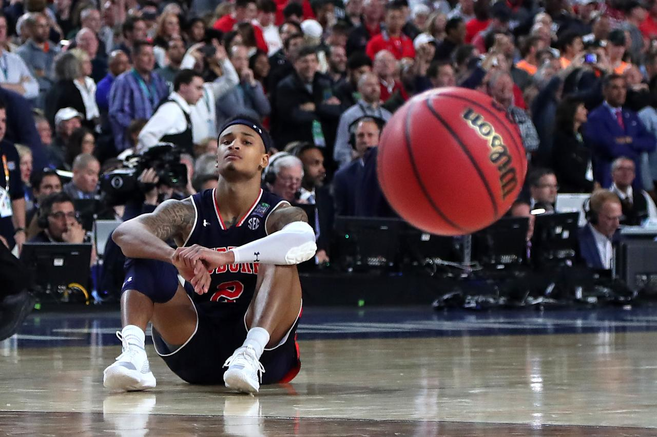 Bryce Brown #2 of the Auburn Tigers reacts after being defeated by the Virginia Cavaliers 63-62 during the 2019 NCAA Final Four semifinal at U.S. Bank Stadium on April 6, 2019 in Minneapolis, Minnesota. (Photo by Tom Pennington/Getty Images)