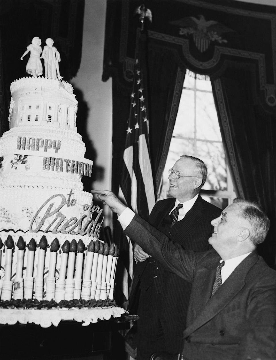 "<p>On his 59th birthday, Franklin D. Roosevelt received a <a href=""http://mentalfloss.com/article/22413/white-house-gift-guide-13-unique-presidential-gifts"" rel=""nofollow noopener"" target=""_blank"" data-ylk=""slk:5-foot-tall cake that weighed 300 pounds"" class=""link rapid-noclick-resp"">5-foot-tall cake that weighed 300 pounds</a>. It was a gift from the Bakery and Confectionary Workers International Union of America. </p>"